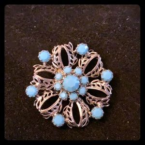 Silver brooch with Blue stones